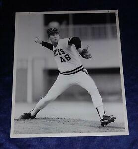 Rick Reuschel Pittsburg Pirates ORIGINAL 8 x 10 Photo by George Gojkovich