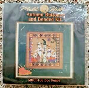 Mill Hill Autumn Buttoned and Beaded Boo Fence Cross Stitch Kit 2001 MHCB166