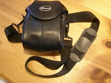 Camera Bag case with Carry Strap Black Mid Size Targus Pro DPBC02