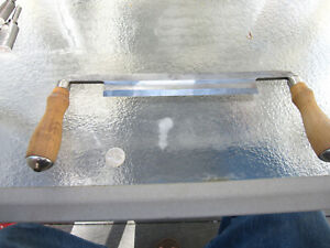 VINTAGE GREENLEE TOOL CO. VERY GOOD QUALITY DRAW KNIFE IN VERY GOOD USED COND.