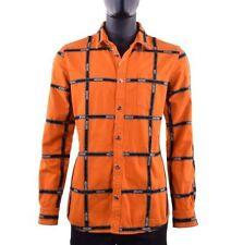 Moderne gestreifte Herren-Freizeithemden