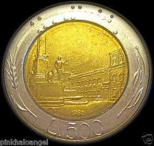 Italy  Bi-Metal Italian 500 Lire Coin  Plaza