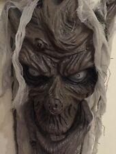 Halloween 2 X Hanging Animated Talking/moving Tree Head - Great Prop
