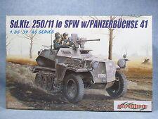Dragón MODELO KIT 6132-Sd. KFZ 250/11 le carro con Panzerbuchse 41-escala 1:35