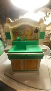 Old Vintage Hasbro Sesame Street Big Bird Sink Only Toy Play Set 1982 Good Cond