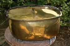 grosse marmite ancienne chaudron en cuivre jaune