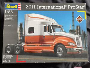 Revell 1.25 2011 International Prostar Plastic Model Kit 07411