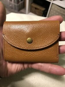 FOSSIL Gentlemans Tan Brown Small Bifold Wallet Coin Wallet Id Wallet.