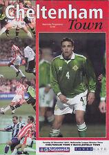 Football Programme>CHELTENHAM TOWN v MACCLESFIELD TOWN Nov 2001