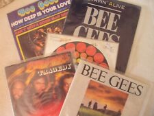 lot sp disques vinyls bee gees 45 tours stayin alive etc...45 tours