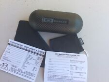 Oakley Large Carbon Fiber Hard sunglasses Case W Cleaning Cloth And Dust Bag.
