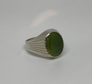 Vintage Sterling Silver Large Jade Cabochon Mid Century Cut Ring Size 10 3.9g