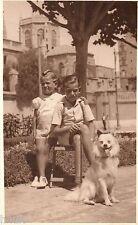 BJ181 Carte Photo vintage card RPPC Enfant chien dog Valencia Espagne Eglise