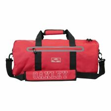 NWT MEN OAKLEY SI DUFFLE COLLEGE CHILI PEPPER RED GYM TWO CARRY HANDLES BAG
