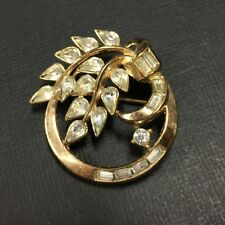 Vtg CR TRIFARI Pear Baguette Rhinestone Leaf Gold Tone Circle Brooch Pin DD65e