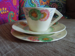 Clarice Cliff Honeydew Conical Cup Saucer Plate Trio