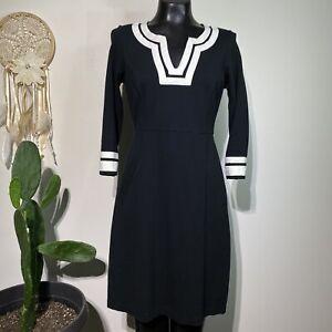 Size 6 Womans LANDS' END Black & White Notch V-Neck Ponte Sheath Dress