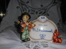 HUMMEL 1935-1995 FIDDLER WITH SIGN AND DOG