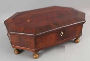 Antique circa-1830s American Empire Figured Mahogany Veneers Octagon Dresser Box