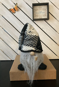 Plaid Black/White/Tan Handcrafted Gnome With Pipe. NEW