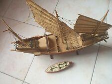 Segelschiff  Dreimaster Modell aus Holz u. Motorboot