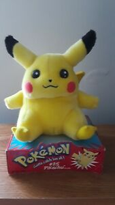 Vintage Official Nintendo Pokemon Pikachu Plush 1998 Hasbro  Excellent Condition