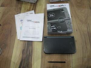 New Nintendo 3DS Console XL LL Metallic Black w/box Japanese w890