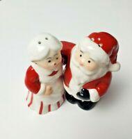 Avon Santa & Mrs Claus Salt Pepper Shaker Set 2007 New In Box Ceramic Decoration