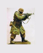 1/9 200 mm soldiers, figures