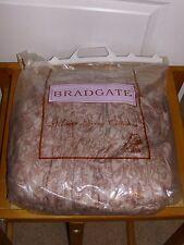 NUOVO con confezione-Bradgate Arruffato Furniture COVER-floreale-per adattarsi DIVANO