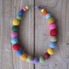 Collar de fieltro-Hecho a Mano bolas de lana fieltro de Colorido Arco Iris Collar boho Lindo