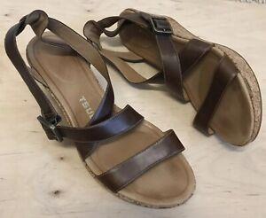 Tsubo Olivette Womens Sz 9 Brown Leather Cork Platform Wedge Sandals Heels
