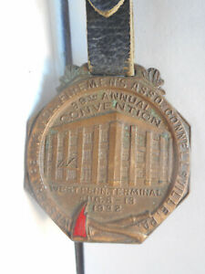 1932 WESTERN PENNA, FOREMAN'S ASSOC.39th CONVENTION WATCH FOB W/ LEATHER STRAP