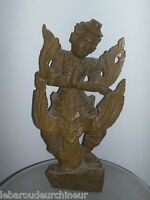 Ancienne jolie danseuse asiatique sculptée dans du bois