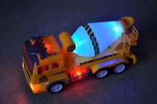 Kinder Feuerwehr Fahrzeug Spielzeug LKW mit Sound Musik induktiv Orange LM 02 Spielzeugautos