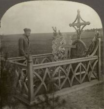 Grave of Lieut. Quentin Roosevelt, Buried by Germans Where He Fell - Stereoview