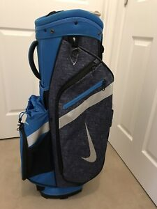 Nike Golf Cart Bag. Fantastic Condition. Includes Rain Hood.
