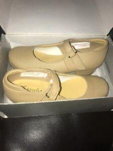 Sansha Tee Sofiette TAP Shoes Tan Leather Size F US Size 11.5 Mary Jane