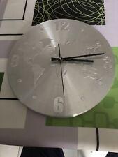 Horloge Métallique Quartz MONDE