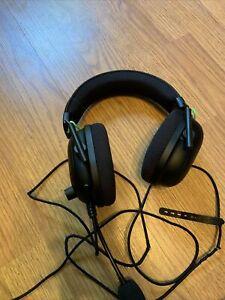 Razer Blackshark V2, Gaming Headset, Cat Chewed Into Cord, Read Description!