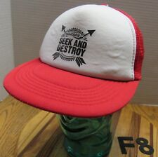 SAUCONY SEEK & DESTROY SHOES HAT RED/WHITE SNAPBACK MESH BACK VERY GOOD COND F8