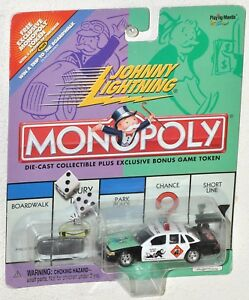 Johnny Lightning Monopoly 2000 Do Not Pass GO Crown Victoria Police & Game Token