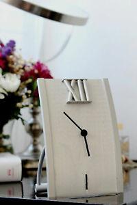 Contemporary Modern Aluminium Desk Table Clock Business/Home Design