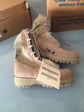 NEW  Wellco  2 N  Genuine US  Military Desert Tan Combat Boots  Vibram Soles