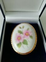 Vintage Oval Floral Brooch Pink Gold Tone Large Ceramic Bold Pretty Pin