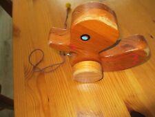 Nachziehtier Ente aus Holz