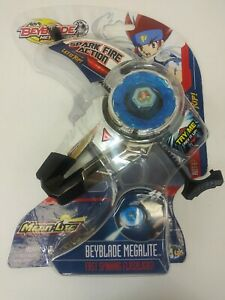 Beyblade Metal Fusion MEGALITE Fast Spinning Flashlight Spark Fire Action