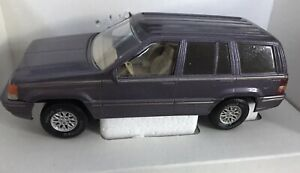 Brookfield Collectors Guild 1994 Jeep Grand Cherokee Limited Purple Bank