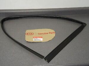 New OEM NOS Genuine Kia Front Door Window Run Channel 82540-2p000 11-15 Sorento