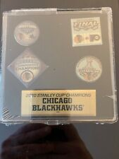CHICAGO BLACKHAWKS NHL Hockey 2010 Stanley Cup Champions New Pin Button Set Of 2